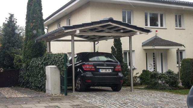 Carport Pulverbeschichtet mit Dachschindeln